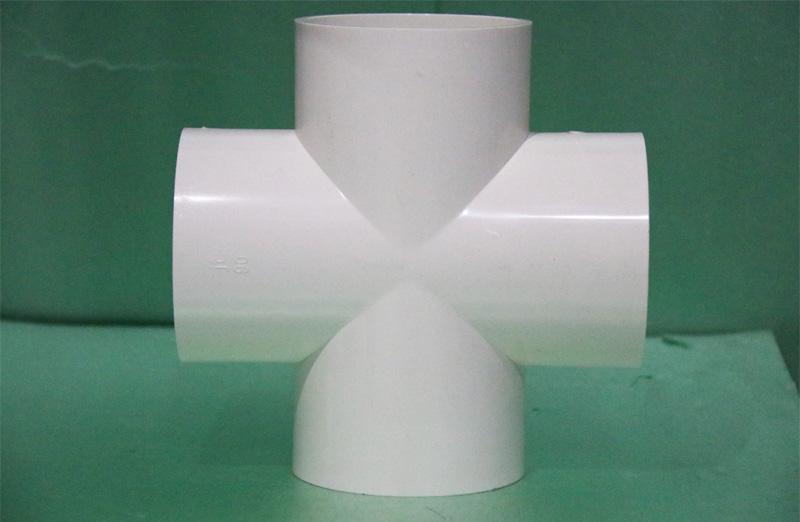 PVC给水管四通